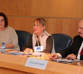 Montserrat Domínguez, periodista; Inmaculada Rodríguez-Piñero, eurodiputada, y Carlos de Icaza, Subsecretario de Relaciones Ext. de México
