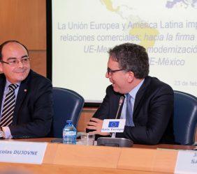 Antonio Rivas Palacios, Embajador de Paraguay, y Nicolás Dujovne, ministro de Hacienda argentino