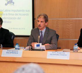 Nicolás Dujovne, Ministro de Hacienda argentino; José Ignacio Salafranca, eurodiputado, y Davi Augusto Oliveira