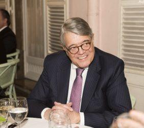 Antonio Martins da Cruz, ExMinistro de Negocios Extranjeros del gobierno de Portugal