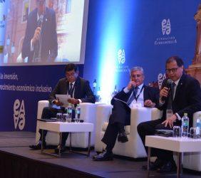 Ronald Egusquiza, Presidente del Consejo Directivo de SPH; José Manuel Gallego, Director Ejecutivo de Repsol Perú, y F. Italo Ísmodes, Ministro de Energía y Minas