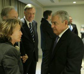 Luisa Peña, Directora General de la Fundación Euroamérica, conversa con César Villanueva, Presidente del Consejo de Ministros