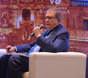 Luis Bustamante Belaunde, Presidente Ejecutivo en el Perú de la APD