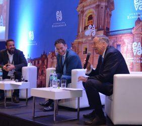 2ª jornada. Sesión especial. Relación de la Unión Europea y el Perú en materia de Innovación e Investigación (Gonzalo Villarán, Piero Venturi y Carsten Moser)