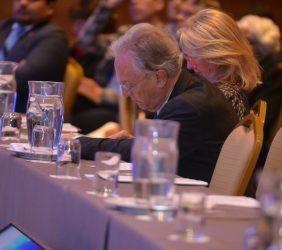 Ángel Durández, Vicepresidente de la Fundación Euroamérica, entre el público asistente