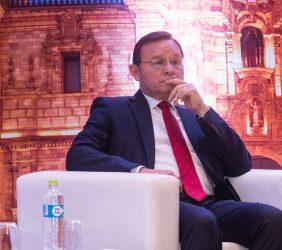 Nestor Polpolizio, Ministro de Relaciones Exteriores, Perú