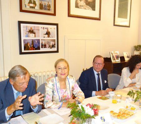 Carsten Moser, Benita Ferrero-Waldner, Félix Losada y Carlota del Amo
