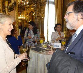 Doris Seedorf conversa con Miguel López-Quesada
