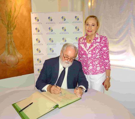 Miguel Arias Cañete y Benita Ferrero-Waldner