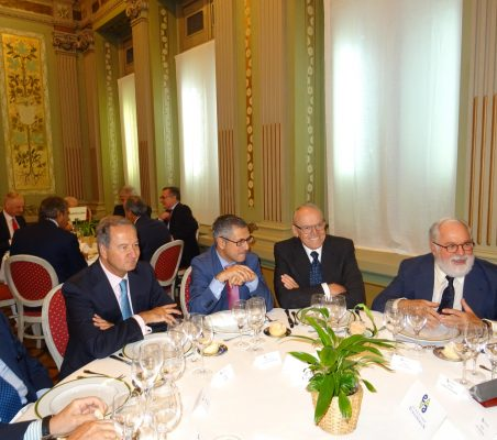 Borja Prado, Ángel Galán, Hugo A. Morán, Julián Martínez-Simancas y Miguel Arias Cañete