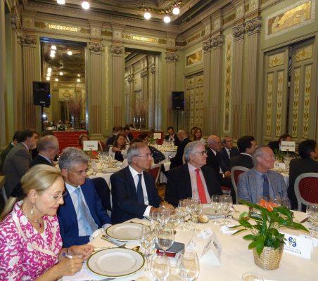Benita Ferrero-Waldner, Pablo de Carvajal, Miguel Antoñanzas, Carlos Gómez-Múgica y Josep Piqué