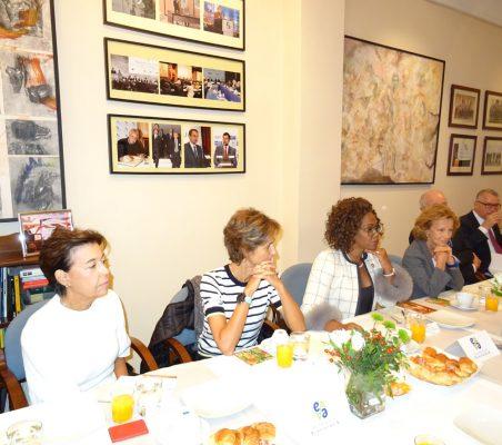 Antonieta Mendoza de López, Arancha Díaz-Lladó, Epsy Campbell, Elena Salgado, Emilio Gilolmo y Juan Salas