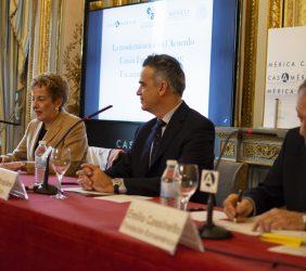 Roberta Lajous, Santiago Miralles y Emilio Cassinello