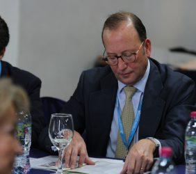 Félix Losada, Representante de Deloitte