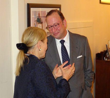 Benita Ferrero-Waldner y Félix Losada