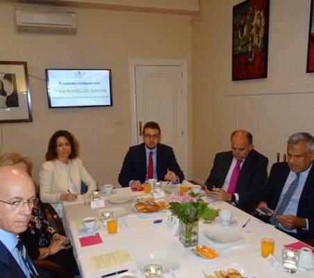 José María Torroja, Patricia Alfayate, Alberto Furlan, Rafael Sánchez y Marcelo Risi
