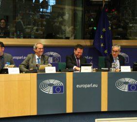 Pablo Bello, José Manuel González-Páramo, Pedro Less, Ramón Jáuregui y  Carlos Moedas