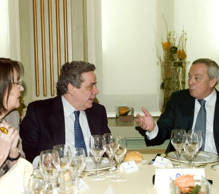 Rosa Conde, Ángel Torres y Carlos Solchaga