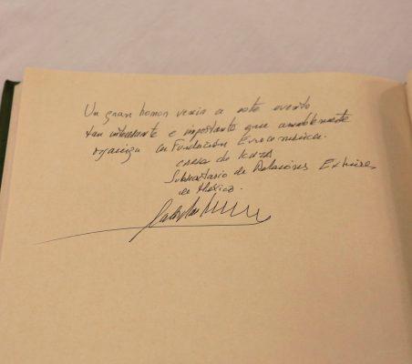 Firma Carlos de Icaza