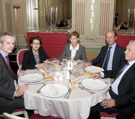 José Manuel Vázquez, Pilar Zugaza, Gloria Barba, Miguel Iraburu y Antonio Gracia