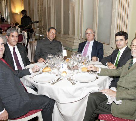 Gonzalo Babé, Tito Mendonça (Portugal) Luis Manuel Aguilar Madera (Venezuela),Ángel Bizcarrondo, Eduardo Pérez Valverde y Emilio Cassinello