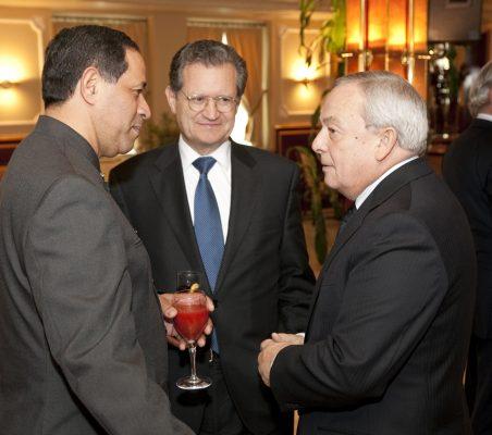 Luis Manuel Aguilar ,Juan I. Lema Devesa, y Carlos Solchaga