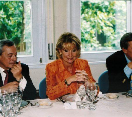 Carlos Solchaga, Esperanza Aguirre y Carsten Moser