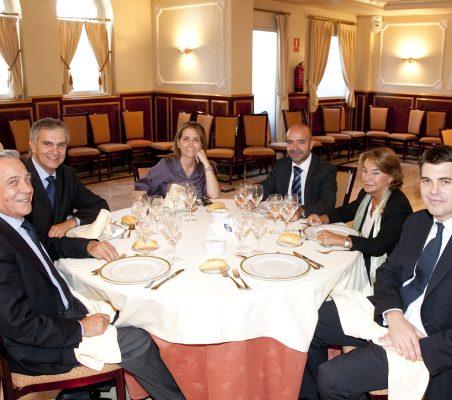 Antonio Gracia,  José Luis Gómez, Patricia Alfayate, Jorge Leonardo,Luisa Peña y Representante Embajada Reino Unido
