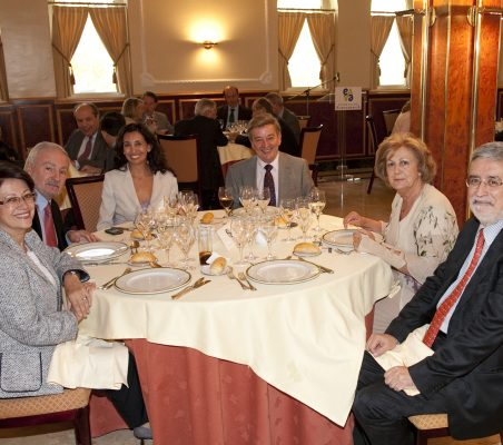 Pilar Zugaza,  Álvaro Espina, Isabel Colomina,Eusebio Serrano, Consuelo Álvarez de Toledo  Miguel A. Pesquera