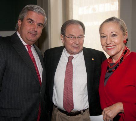 Gonzalo Babé, Juan Pérez Mercader y Benita Ferrero-Waldner