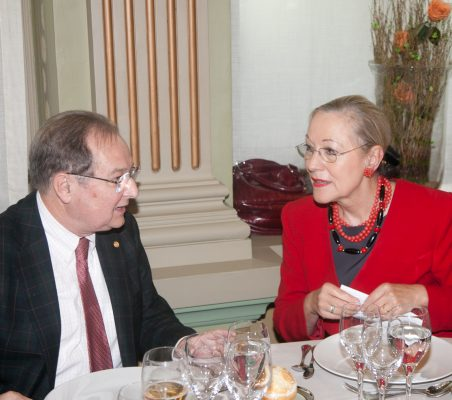 Juan Pérez Mercader y Benita Ferrero- Waldner