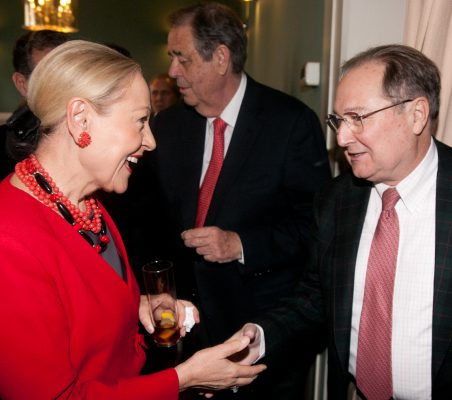 Benita Ferrero-Waldner y Juan Pérez Mercader