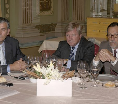 Almuerzo J.M. González- Páramo (3)