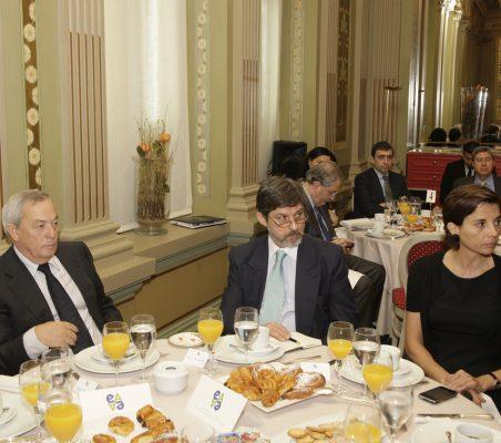 Carlos Solchaga, Paulo César de Oliveira y Olga Cuenca