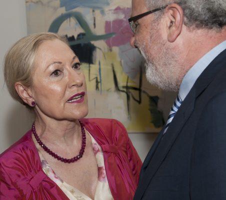Benita Ferrero-Waldner y Carlos Esco