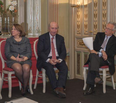 Consuelo Luca de Tena, Peridis y Ángel Durández