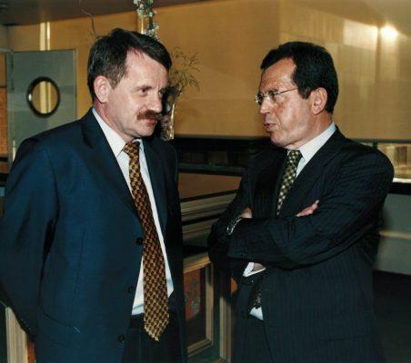 Andrzej Chmiel Y Santiago Martínez Lage