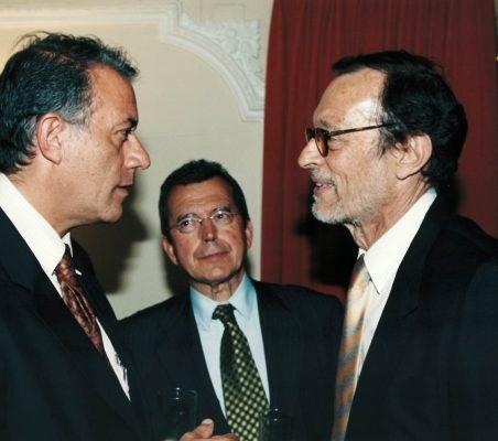 Carlos Salas , Santiago Martínez lage y Emilio Cassinello