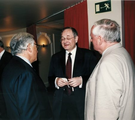 Strauss-Kahn , Andrzej Raczko y  Oskar Lafontaine y (3)