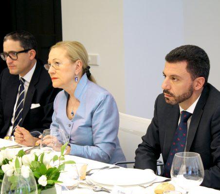 Alejandro Romero, Benita Ferrero-Waldner y Javier Rosado