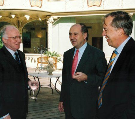 Eduardo Bautista con Miguel Vergara y Carsten Moser