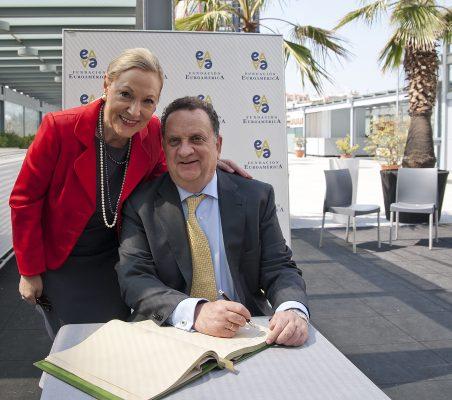 Benita Ferrero-Waldner y Jesús Silva