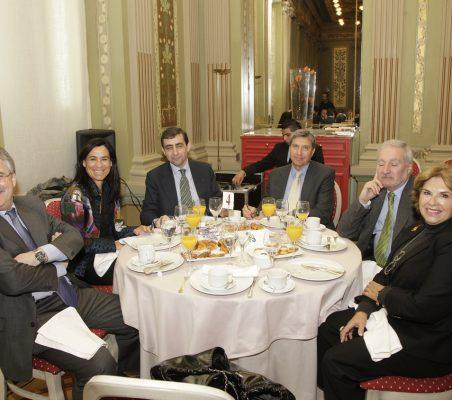 Francisco Fonseca, Cristina Amor,Carlos Moreiro, José L. García Delgado, Álvaro Espina y Mª Jesús Escribano