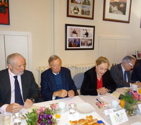 José Luis López-Schümmer, Carsten Moser, Benita Ferrero-Waldner, Ángel Durández y David Tuesta