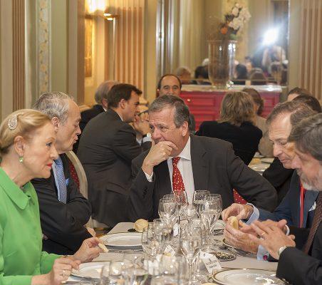 Benita Ferrero-Waldner, José Manuel de Riva Zorrilla, Borja Baselga y Paulo César de Oliveira Campos