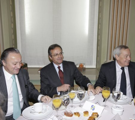 Carlos Bettini, Juan Pablo de Laiglesia y Carlos Solchaga