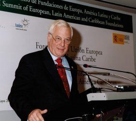 Christopher Patten, Miembro de la Comisión Europea responsable de Relaciones internacionales