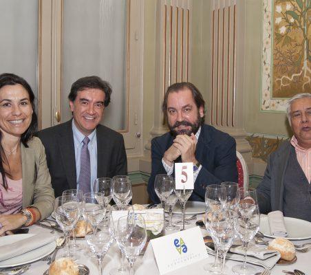 Cristina Amor, Pedro Medellín, Ramón Pérez Maura y Miguel Ángel Bastenier