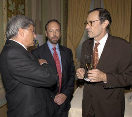Embajador Carlos Moreira  Luis Fraga y Emilio Cassinello