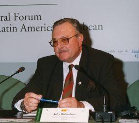 John Richardson, Director General del European Foundation Centre